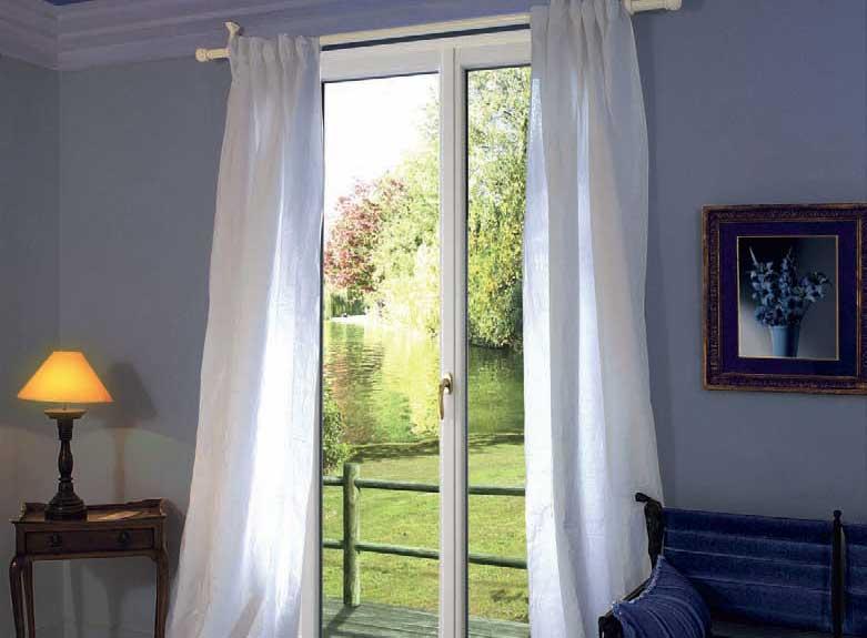 Porte-fenêtre à Villers-Cotterêts